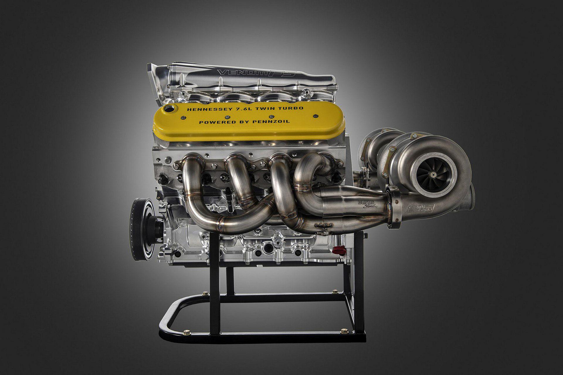 Hennessey visar bilder på Venom F5:s motor