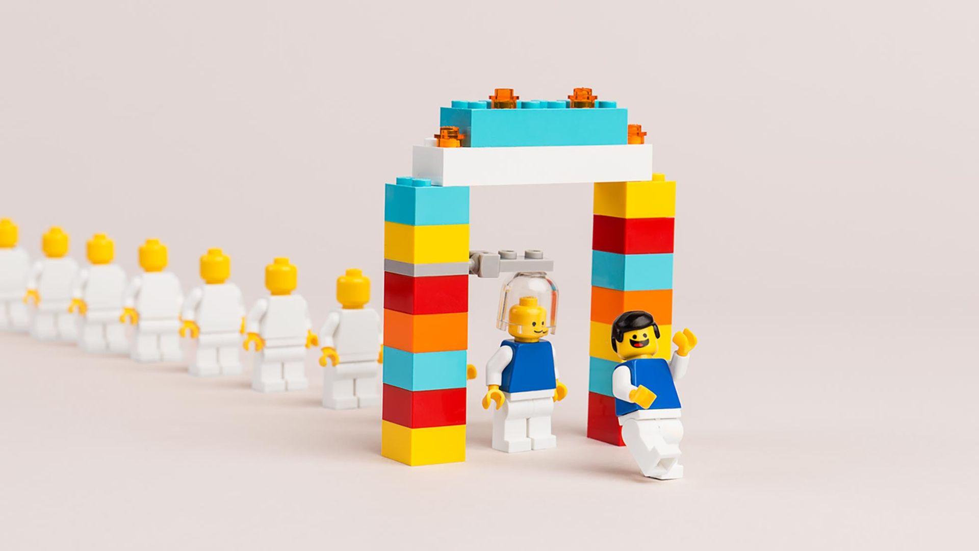 Nu fyller Legos minifigurer 40 år