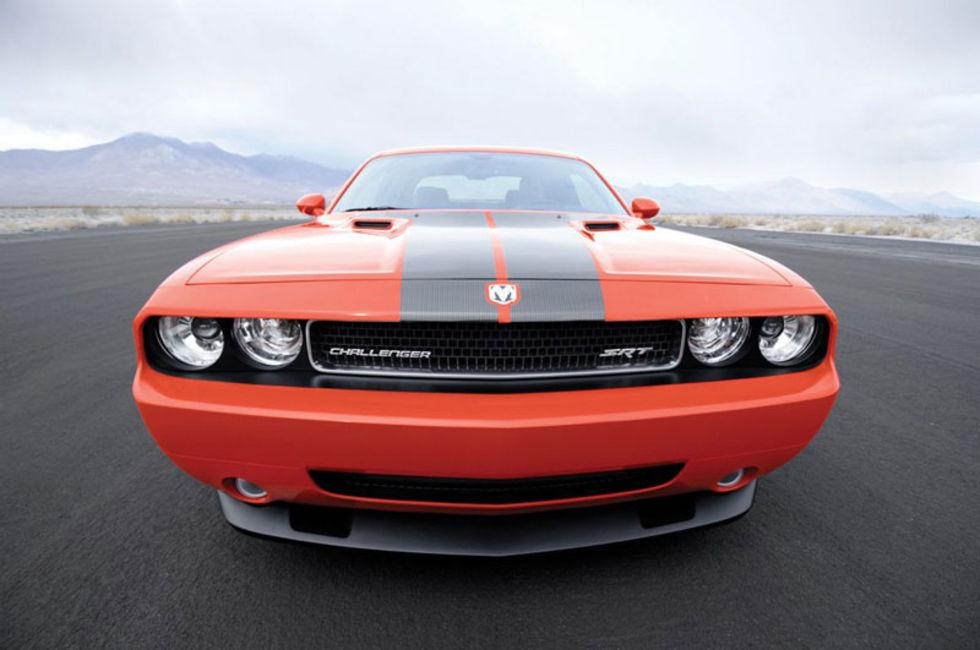 Bildfrosseri: Dodge Challenger SRT8