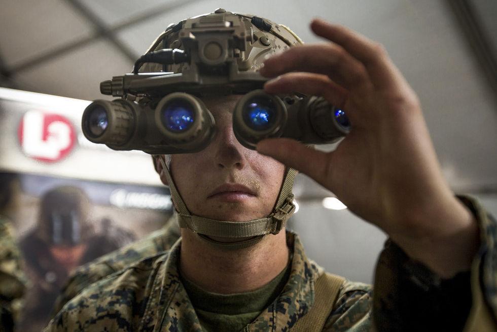 Apple har köpt ett företag som gör linser till AR-headset