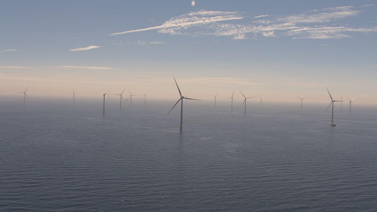 Världens största vindkraftpark till havs öppnad utanför England