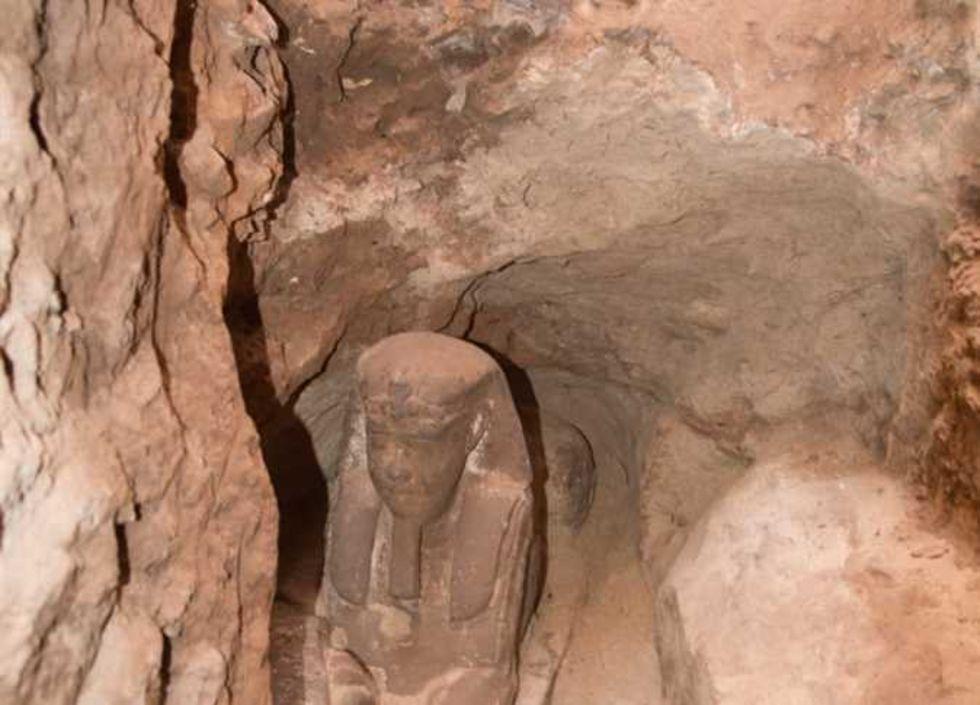 Gammal sfinx-staty hittad i egyptiskt tempel