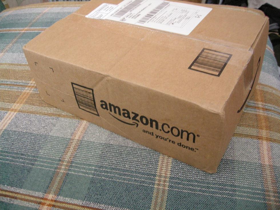 Amazon misstänker att anställda säljer deras data