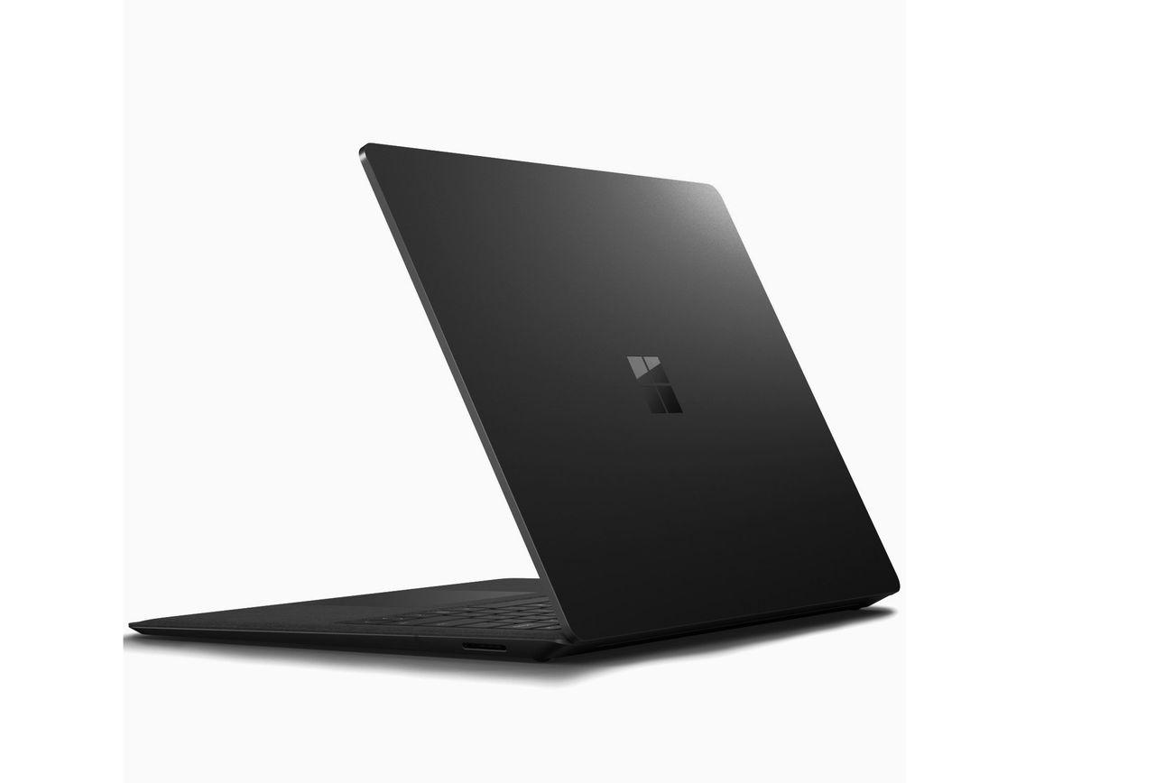 Microsoft bekräftar svarta Surface-enheter