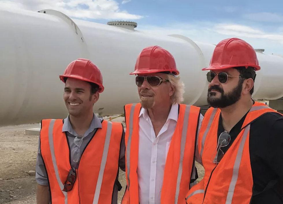Richard  Branson lämnar styrelsen för Virgin Hyperloop One