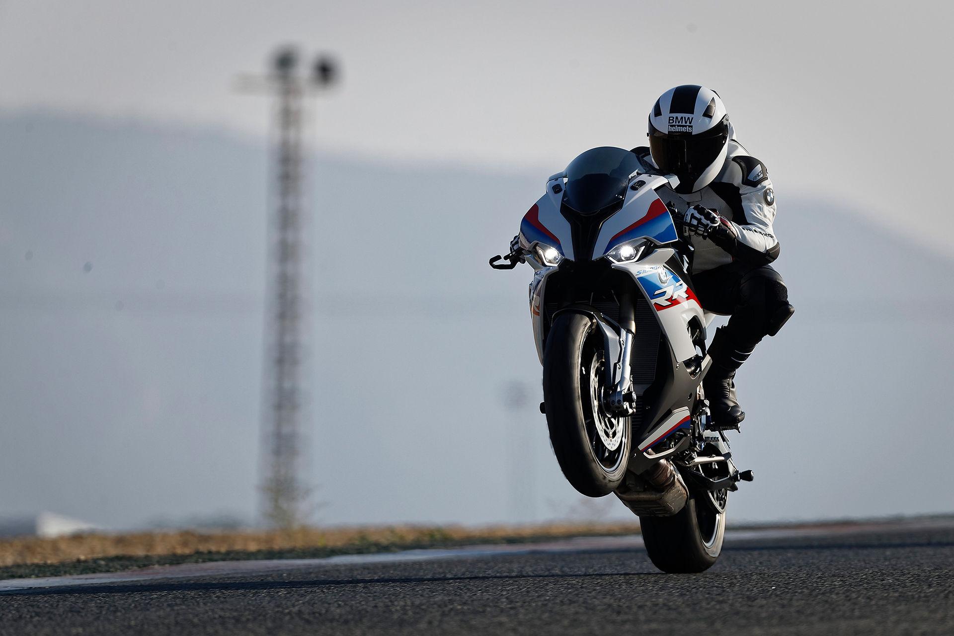 BMW presenterar ny S 1000 RR