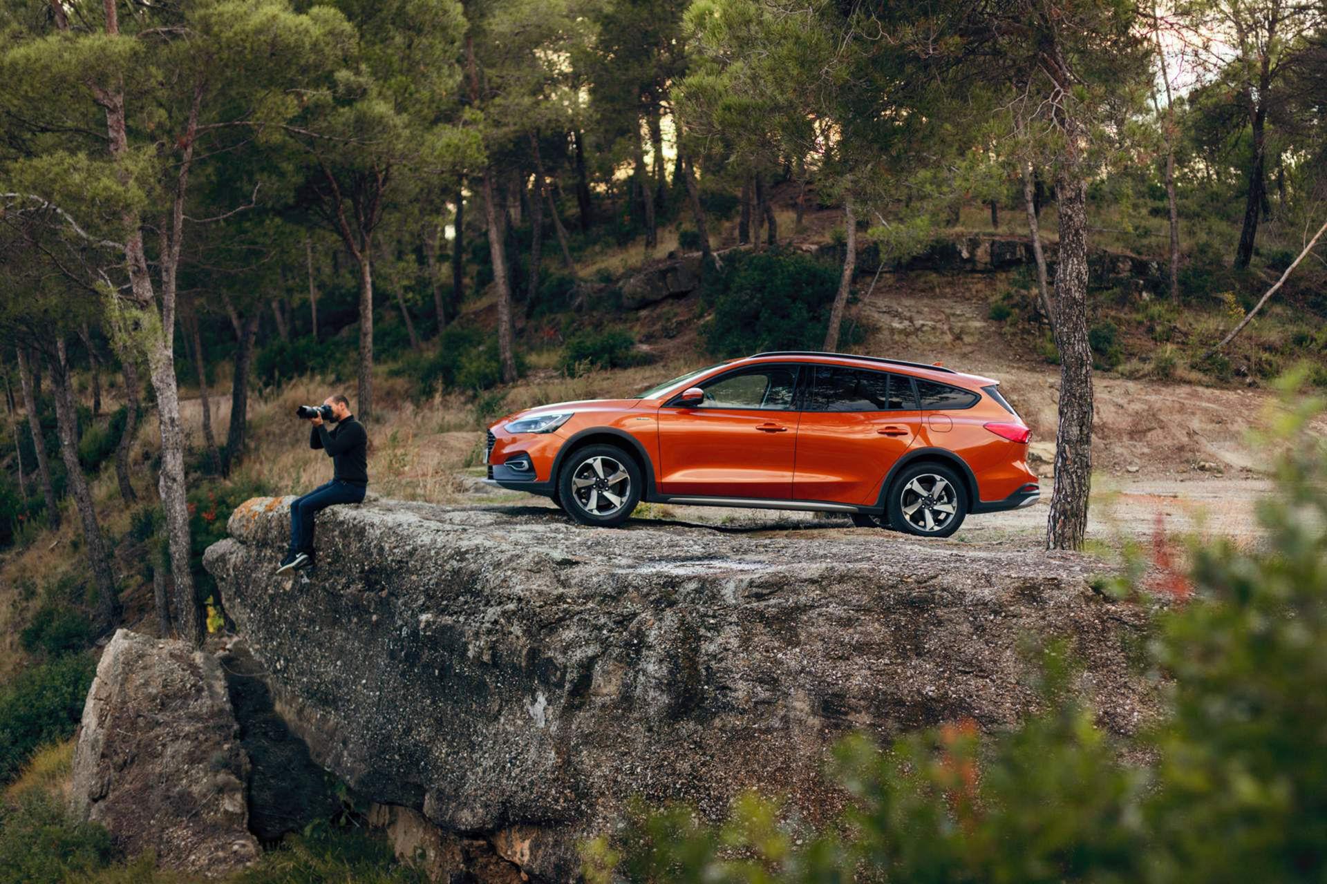Ford visar skogsmulle-versionen av nya Focus kombi