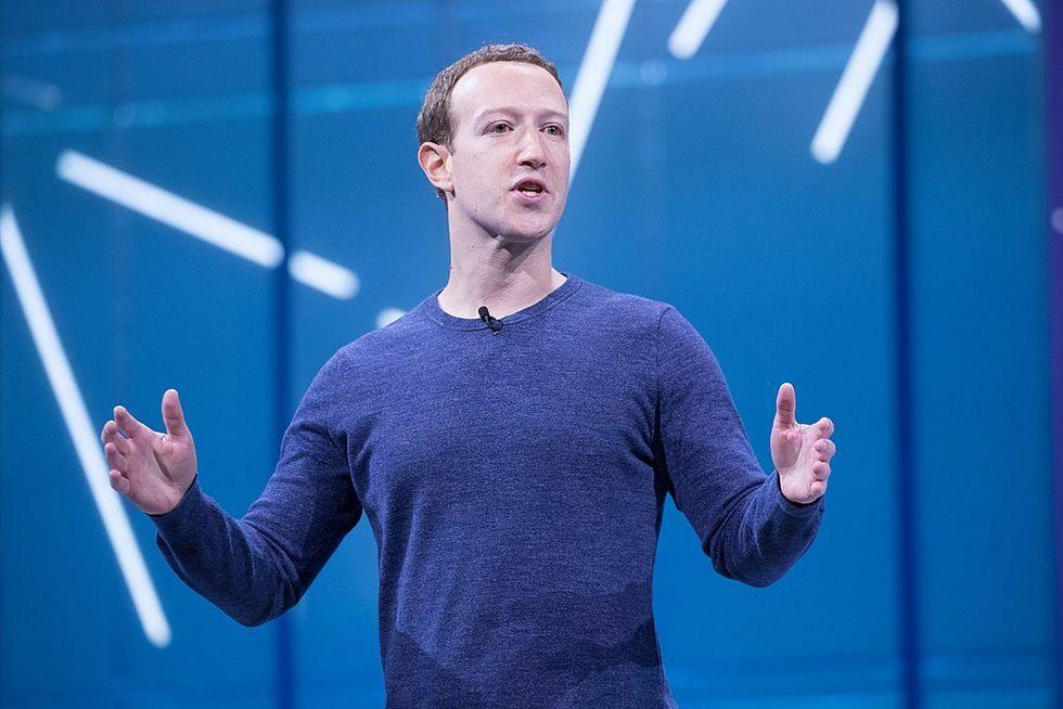 Facebook uppges ha delat användardata med stora techföretag
