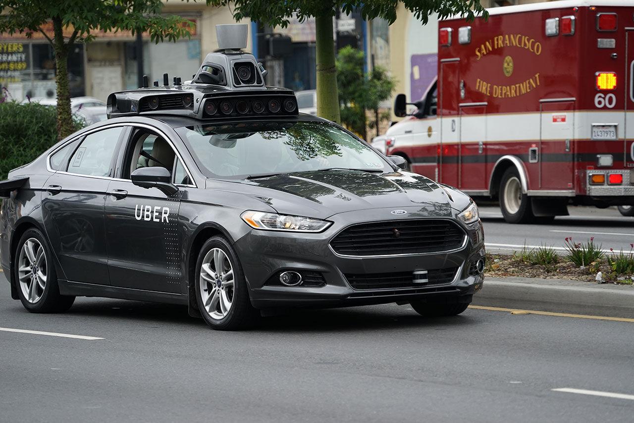 Ubers självkörande bilar börjar rulla igen