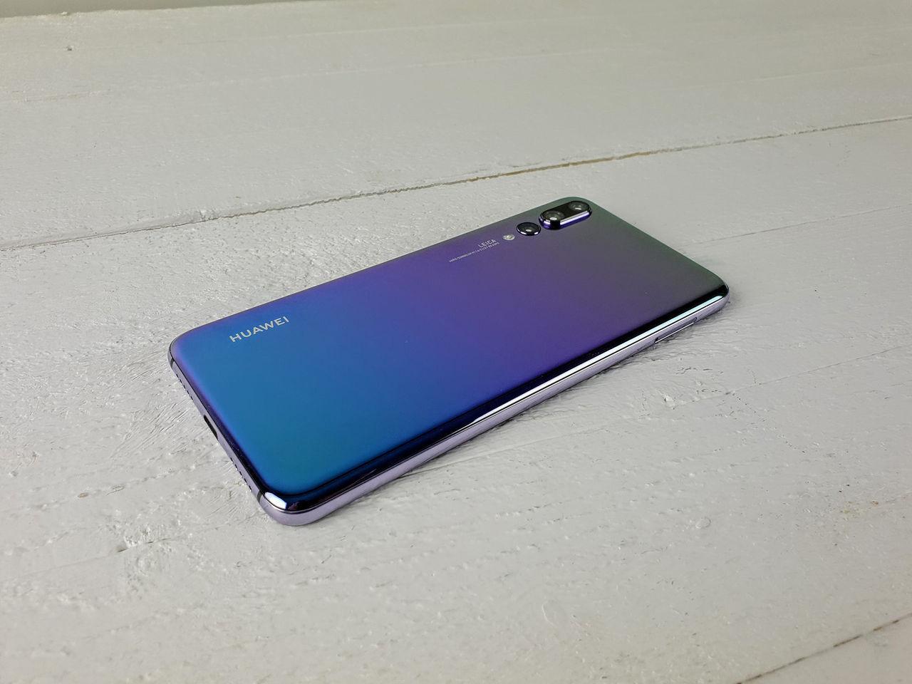 Populære Huawei börjar rulla ut EMUI 9 till fler telefoner. Android 9 IW-86