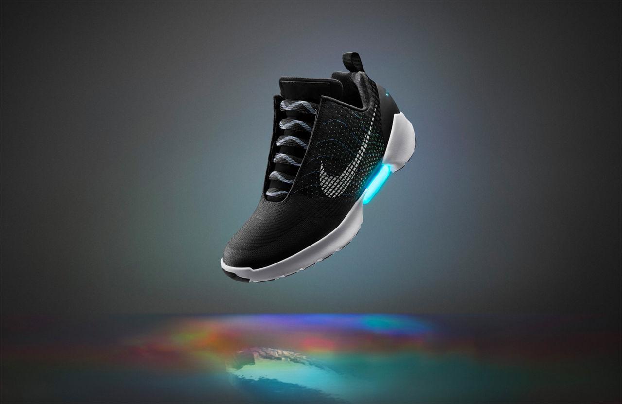 Nikes självknytande skor kommer tillbaka nästa år
