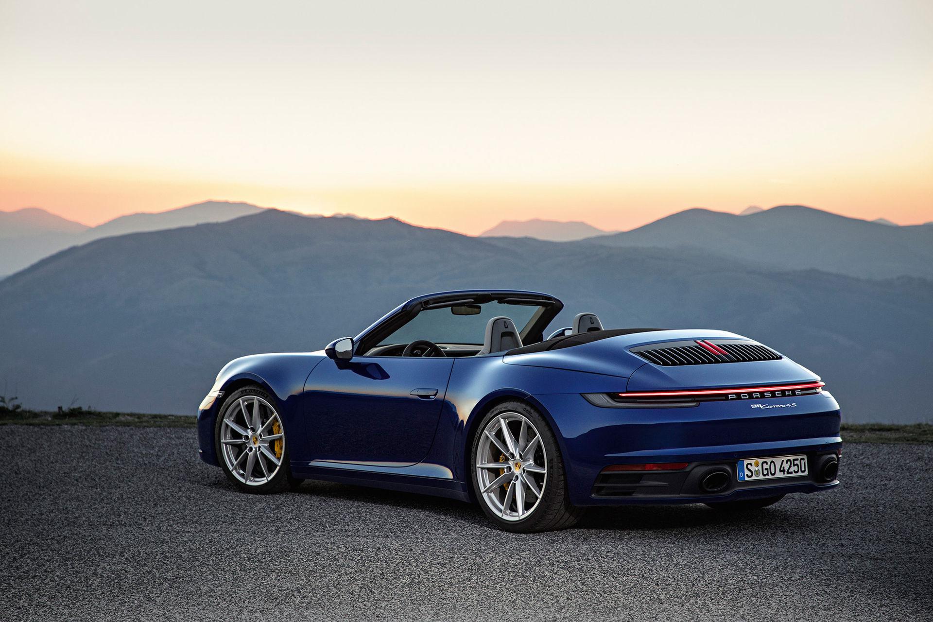 Nya Porsche 911 Cabriolet är redan här