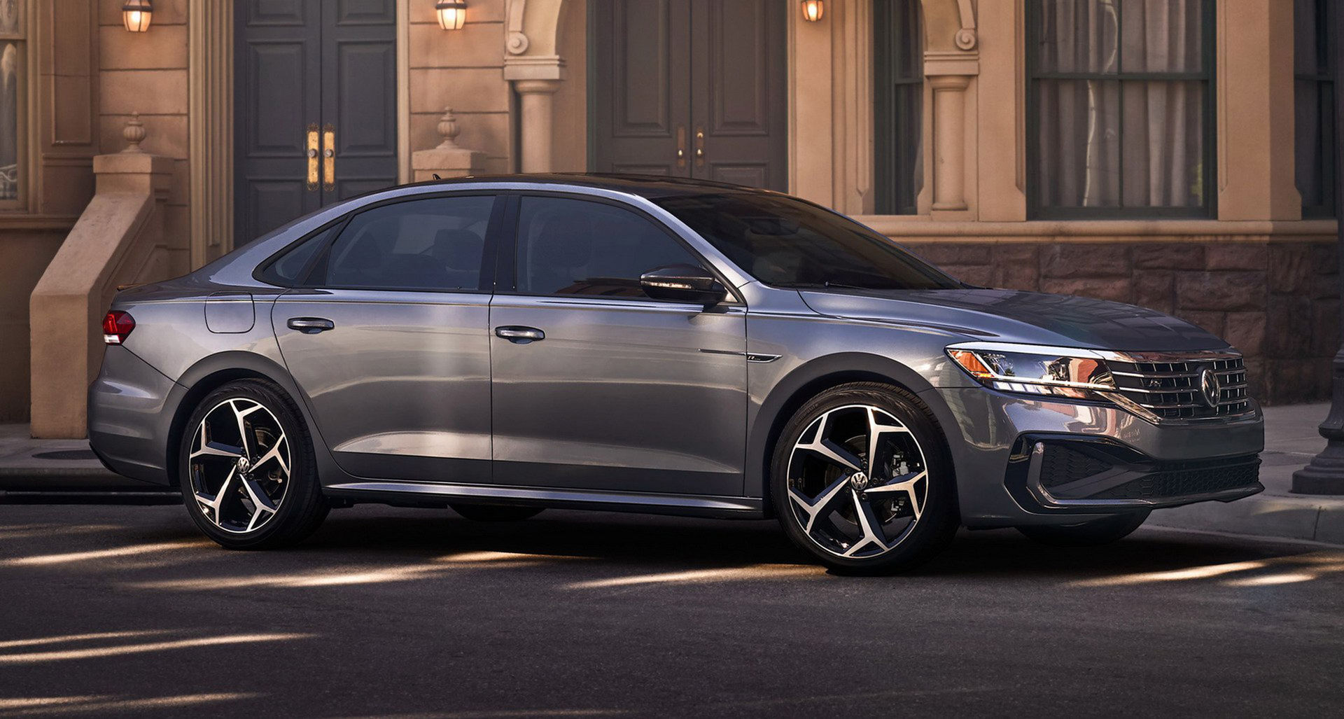 Uppdaterade Volkswagen Passat läcker ut
