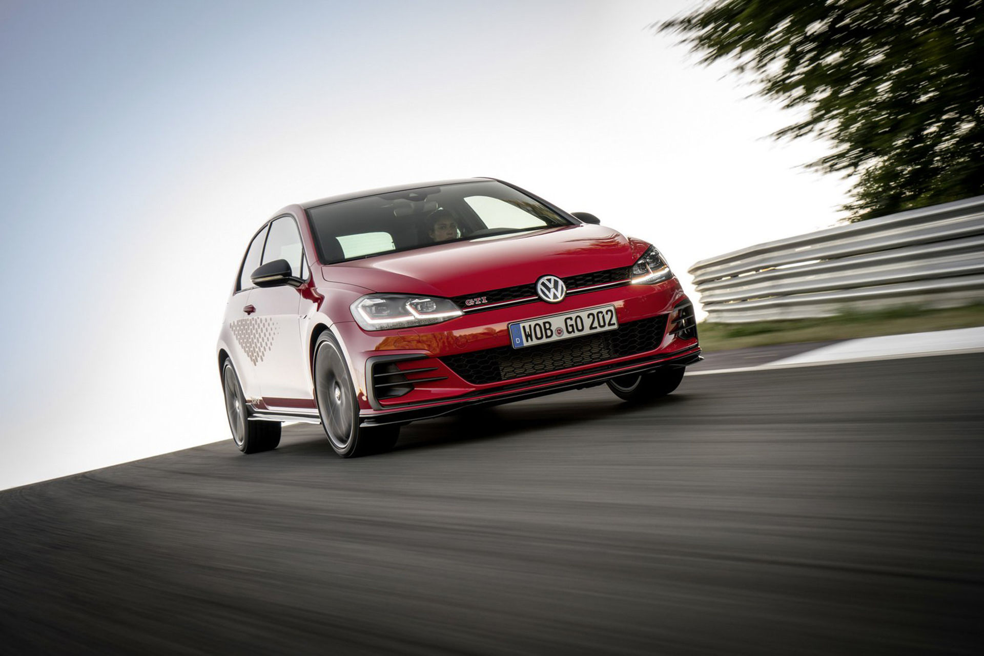 Volkswagen Golf GTI TCR i produktionskläder