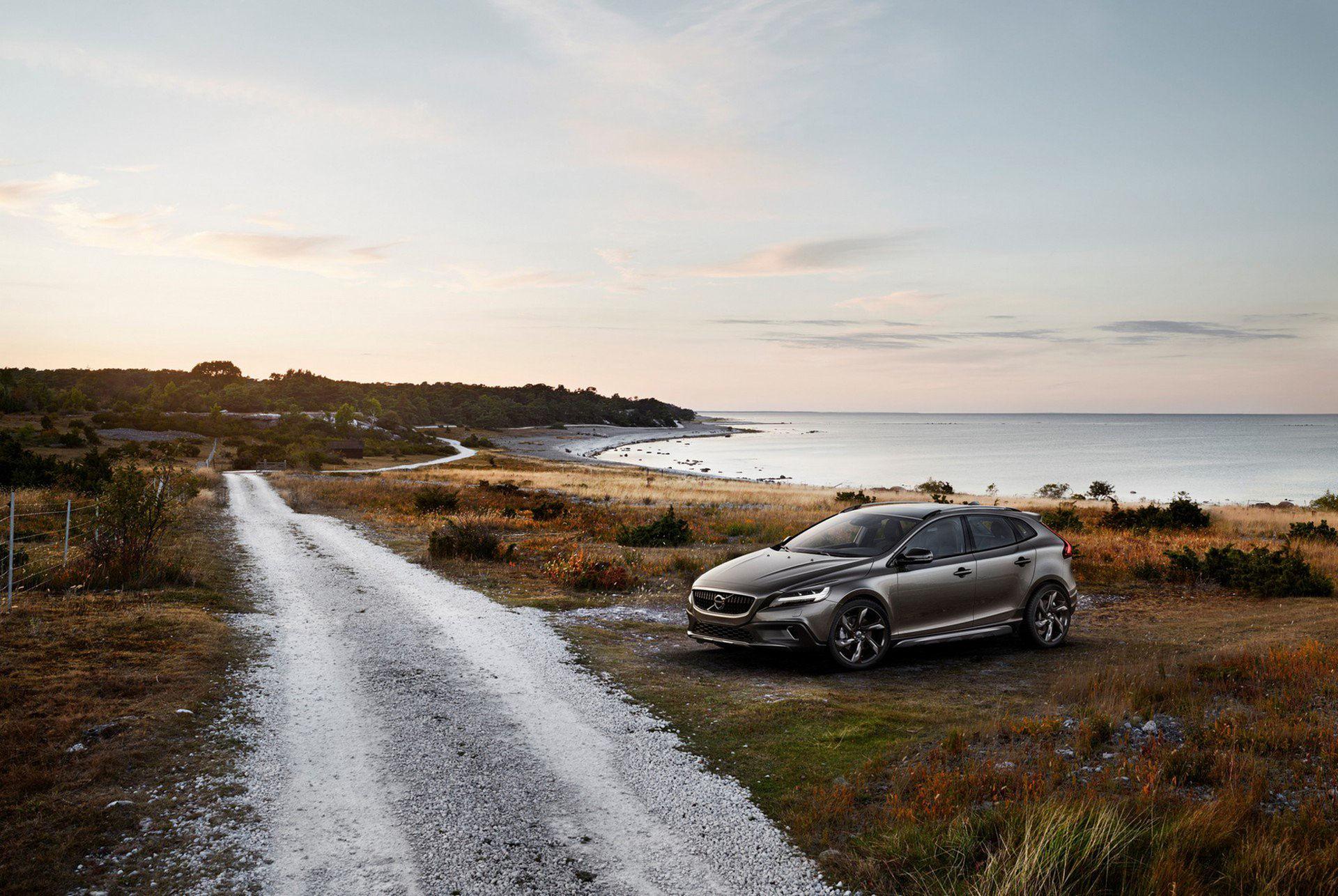 Coupé-SUV ersätter Volvo V40