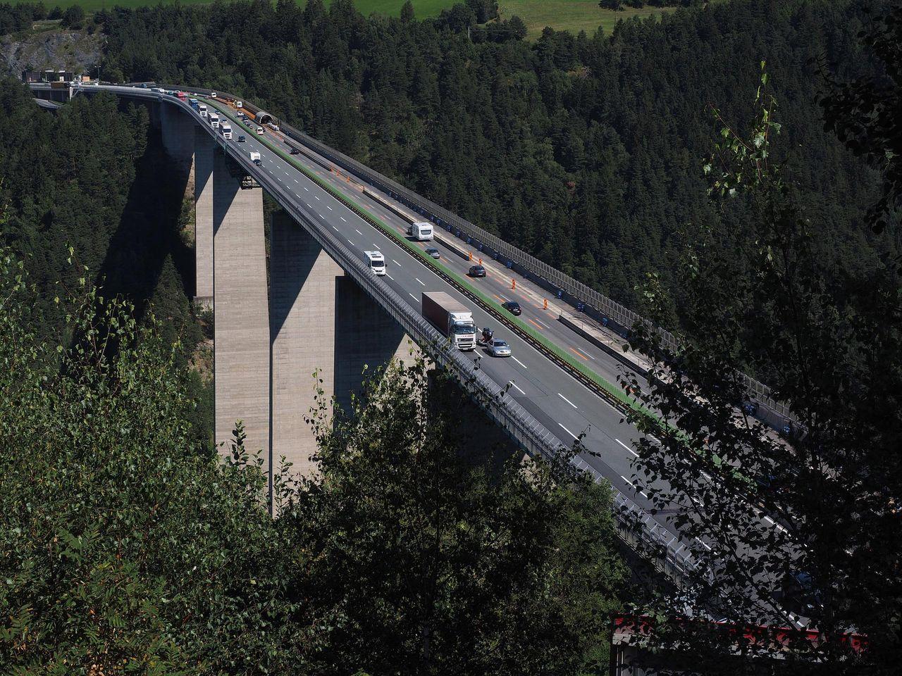 Fria farten på Autobahn kan försvinna