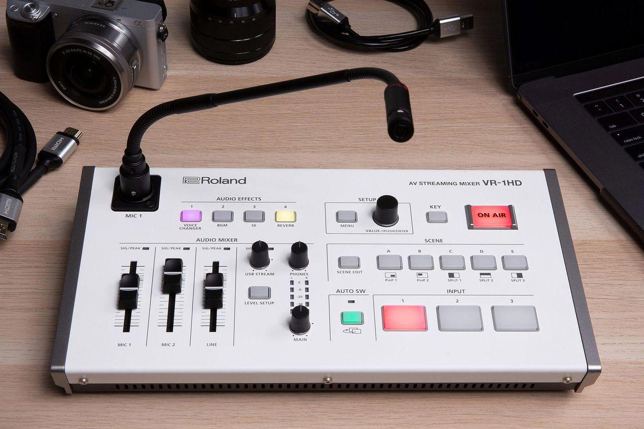 Roland släpper proffsig mixer för den som vill sända live