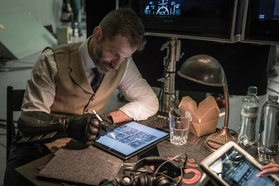 Zack Snyders nya film är en heist-film med zombies