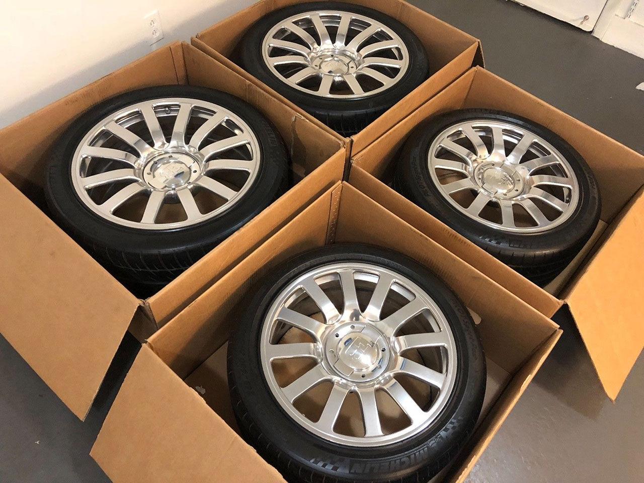 Begagnade hjul till Bugatti Veyron på eBay