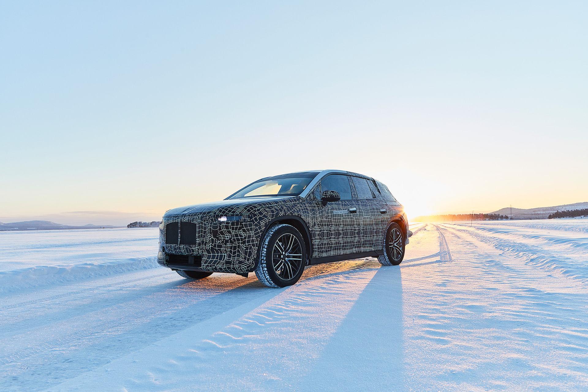 BMW testar elbilen iNext i Sverige