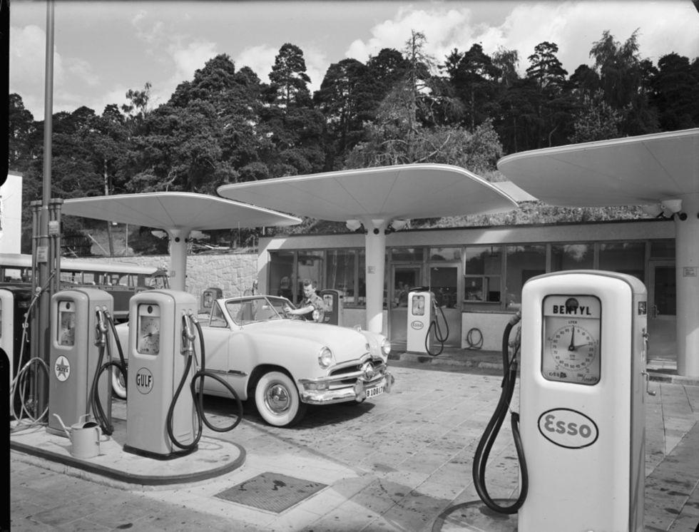 Den automatiska höjningen av bensinskatten kan återinföras