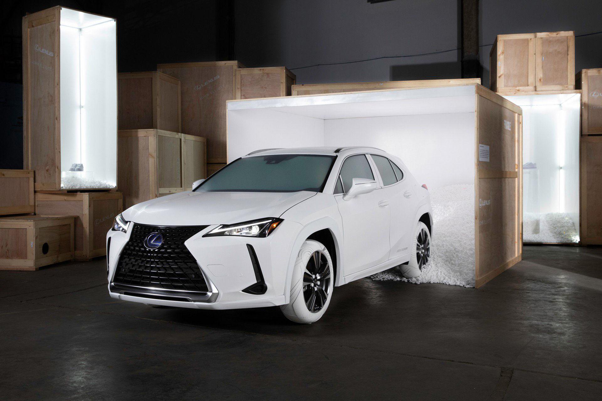 Lexus UX med Nike-inspirerade sulor