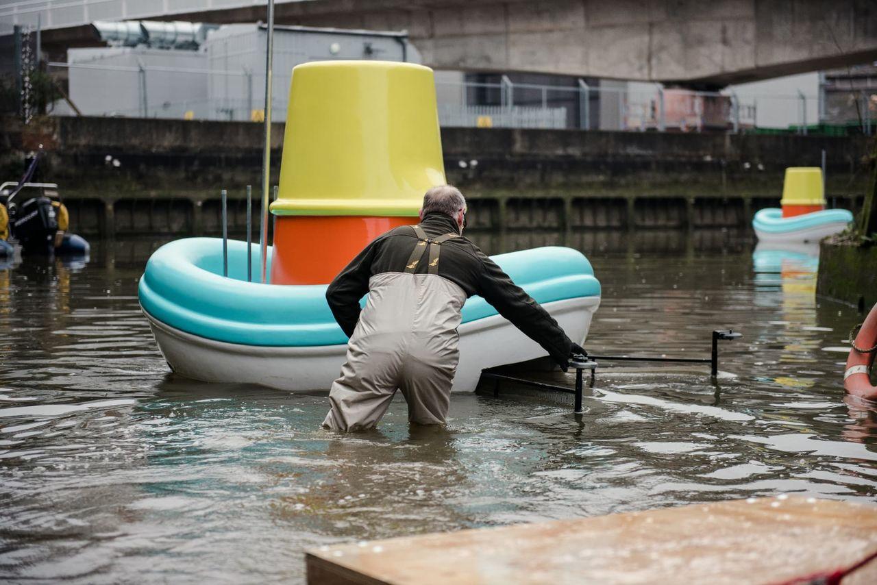 IKEA tar fram båtar som rensar floder från skräp