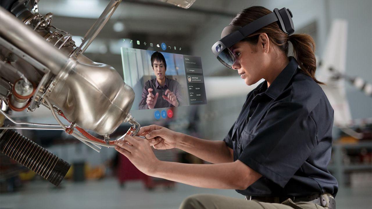Microsoft visar upp HoloLens 2