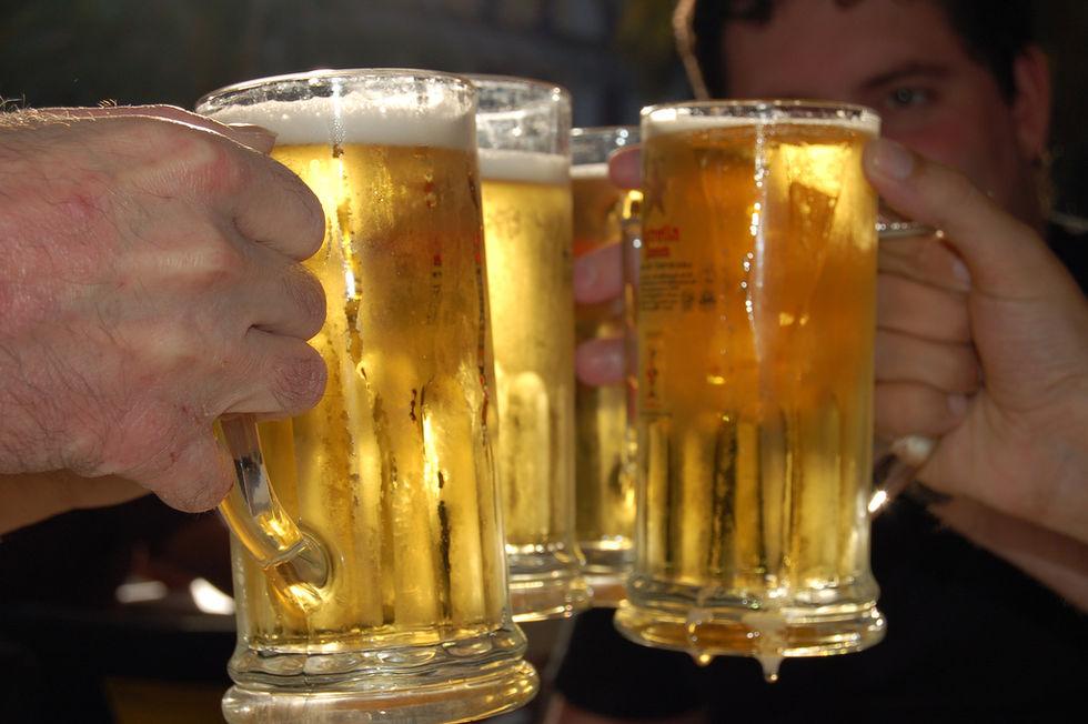 Alkoholkonsumtionen i Sverige minskade förra året