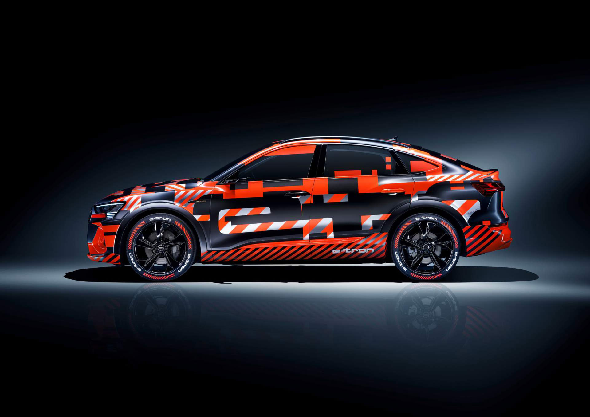 Audi e-tron med slankare profil