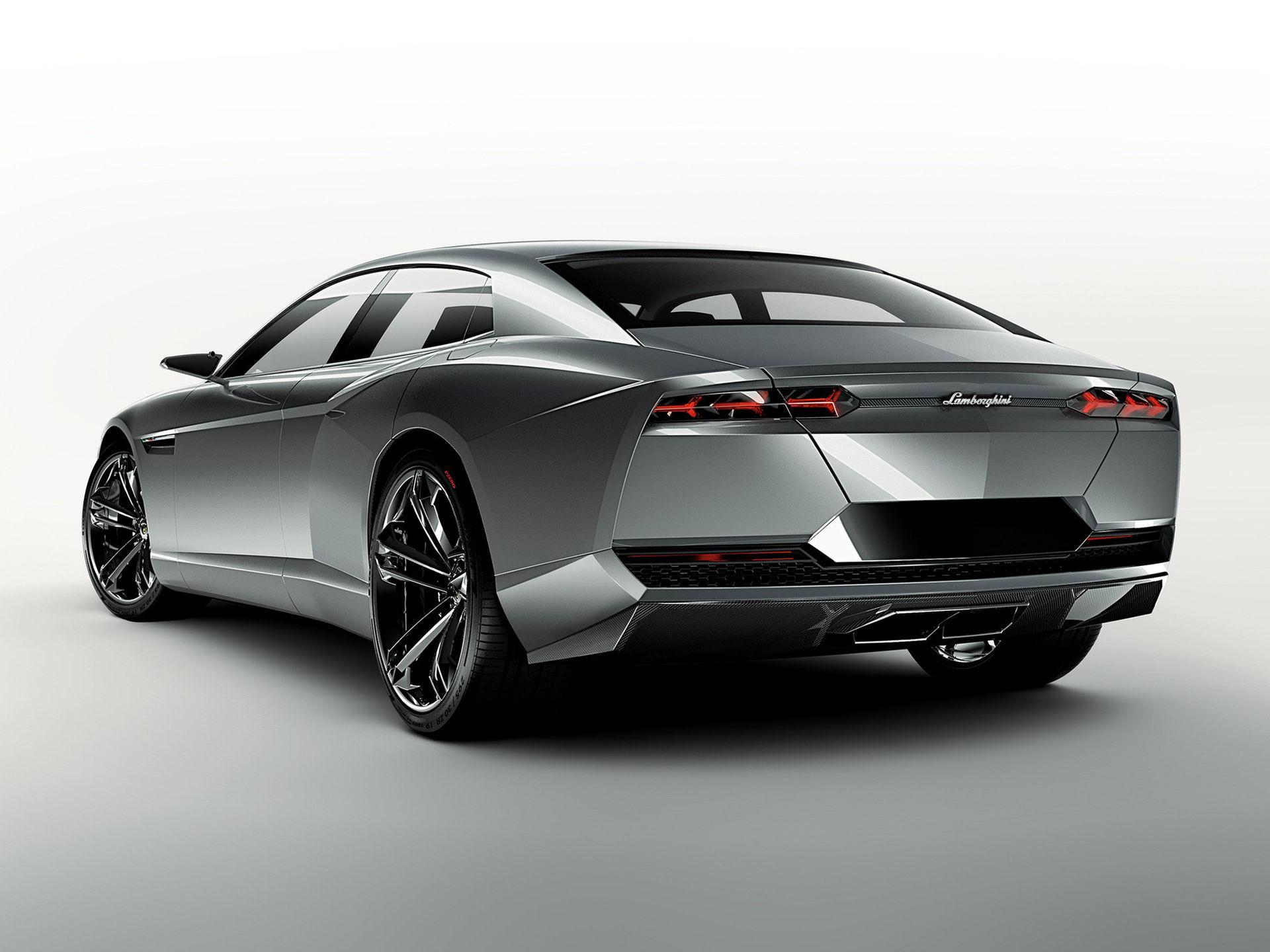 Lamborghini jobbar på en fjärde modell