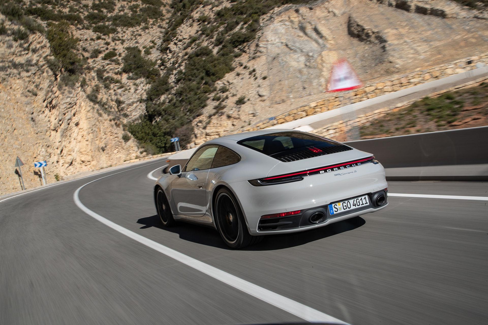 Aktiv spårsändare blir standard i alla Porsches modeller