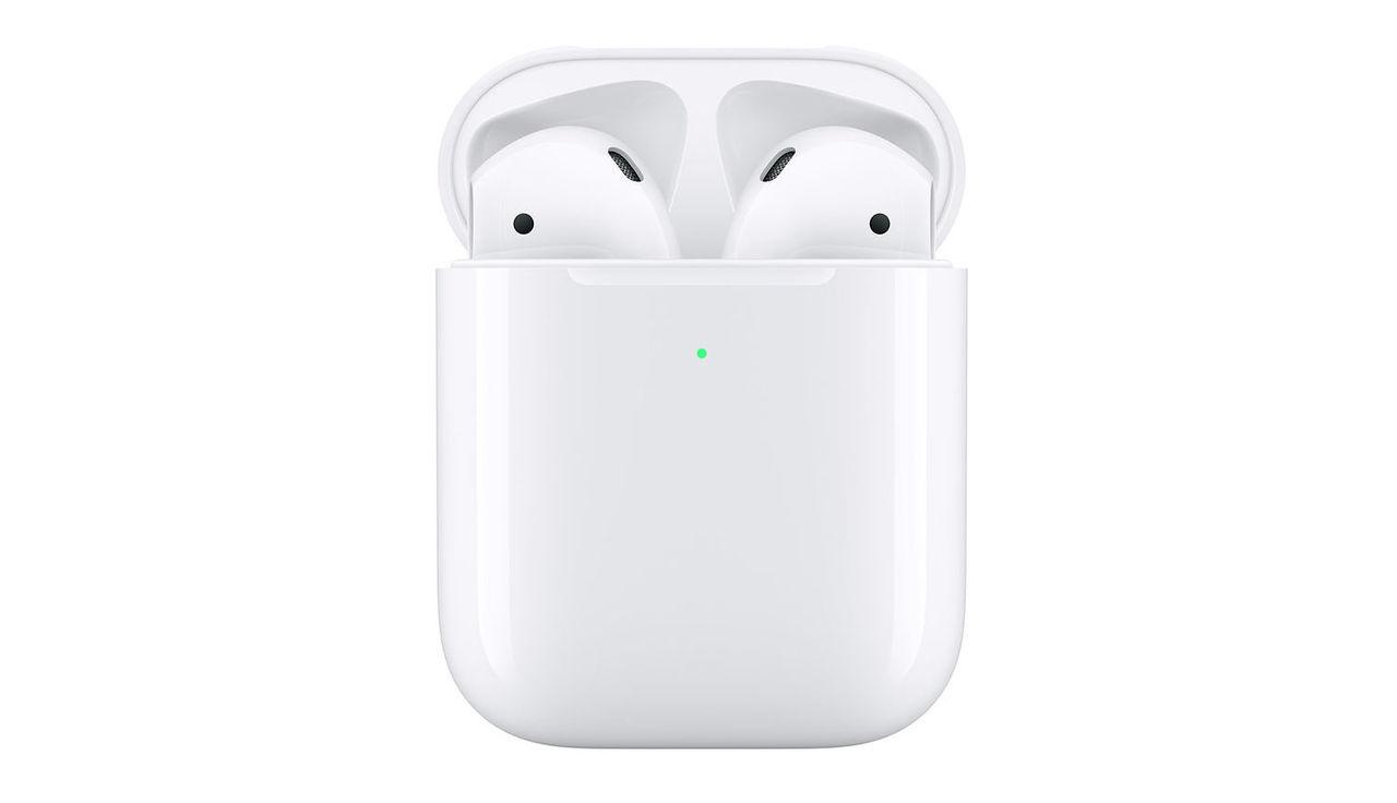 Apple släpper ny version av AirPods med trådlös laddning