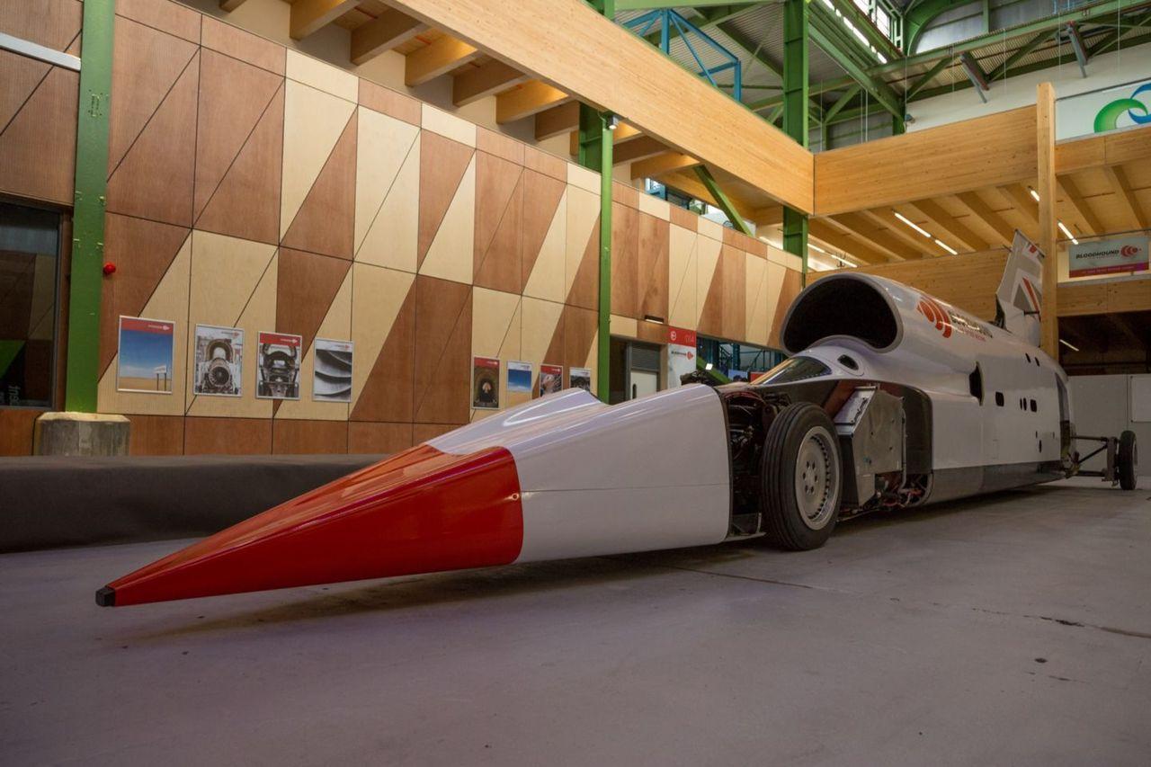 Bloodhound-bilen har fått ett nytt garage