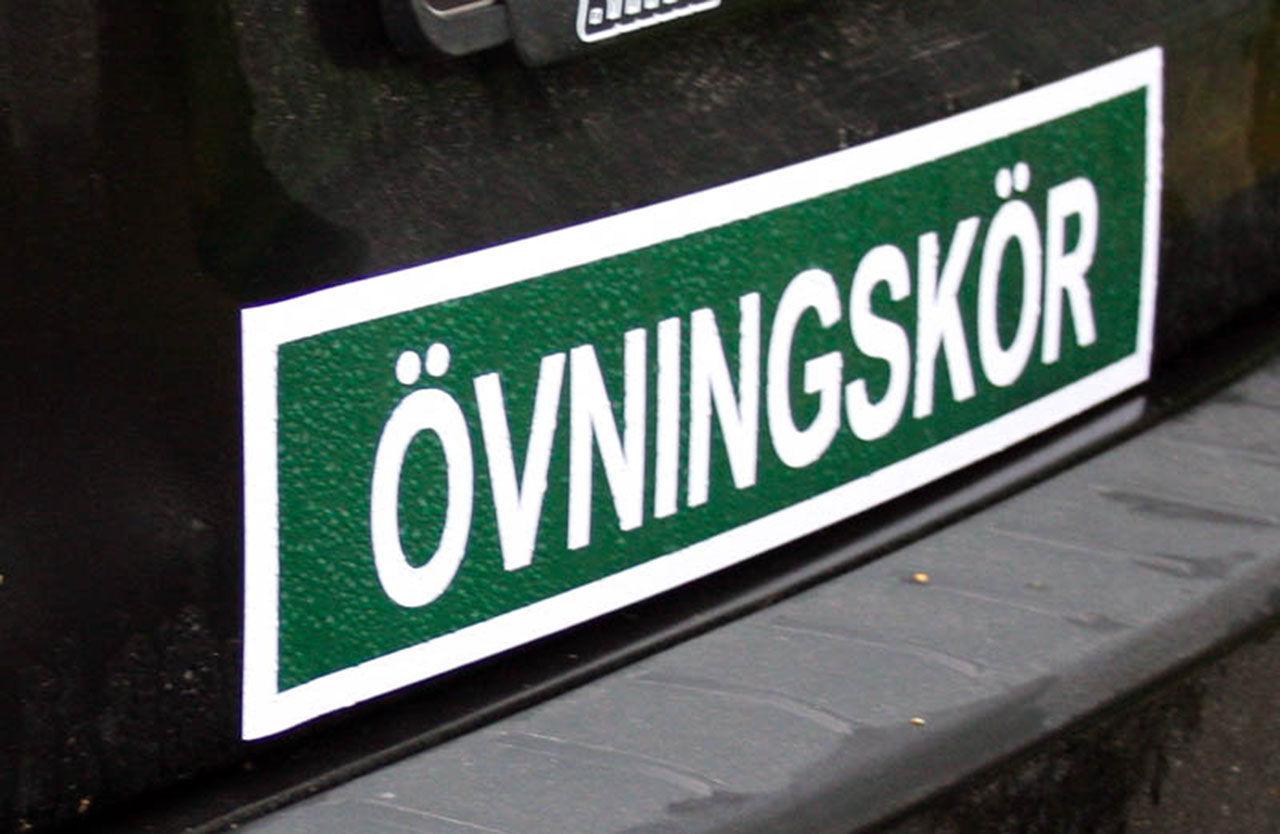 S vill erbjuda körkortslån för lastbil och buss