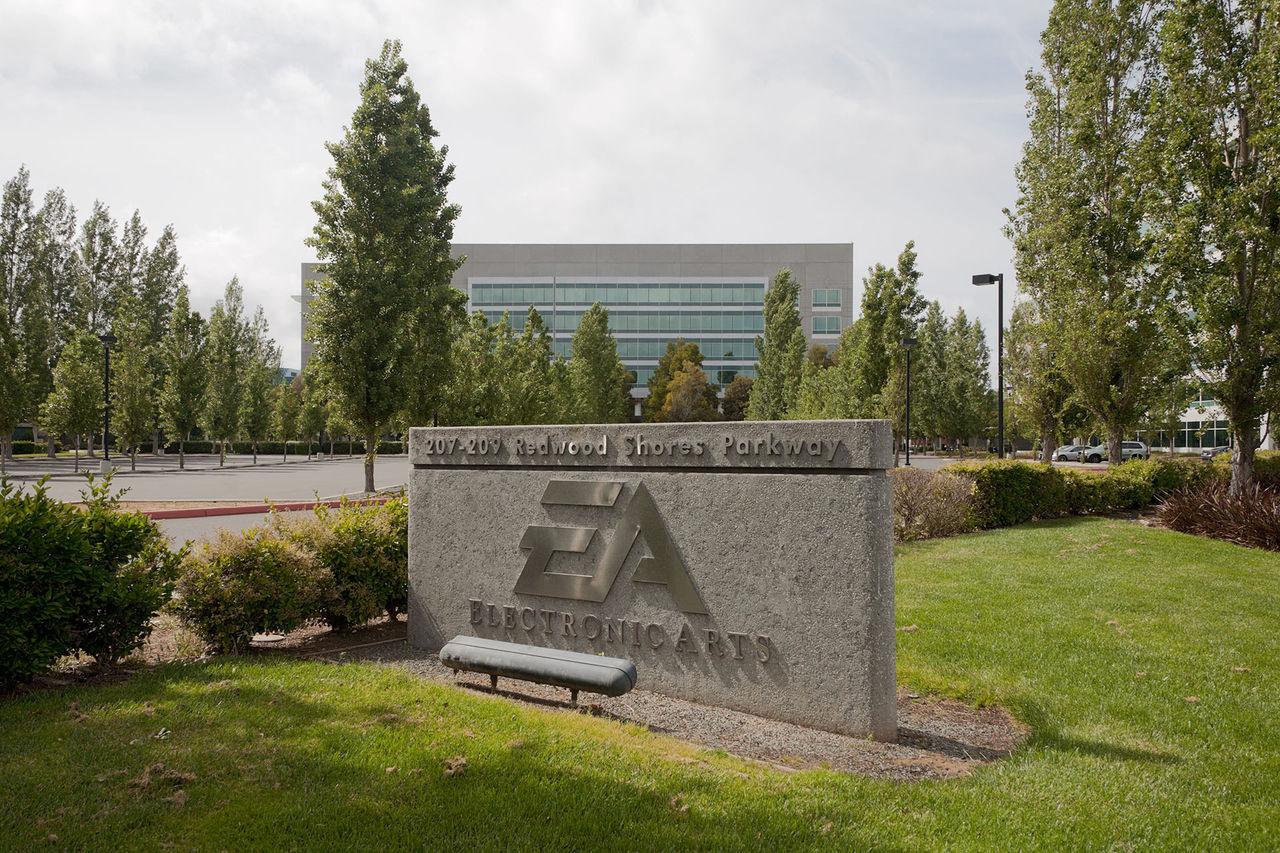 EA plockar bort 350 tjänster