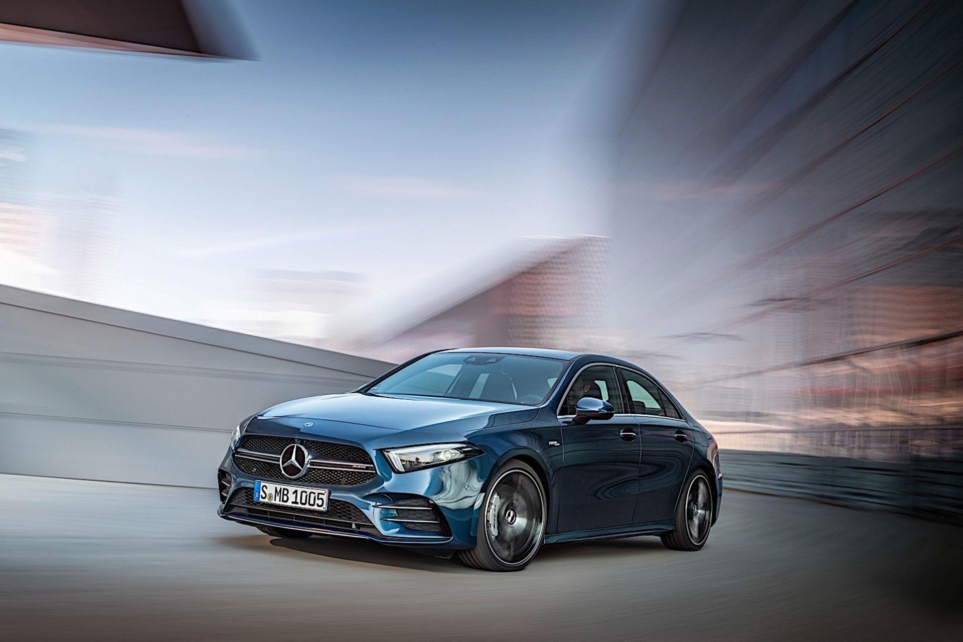 Mercedes-AMG presenterar A35 Sedan