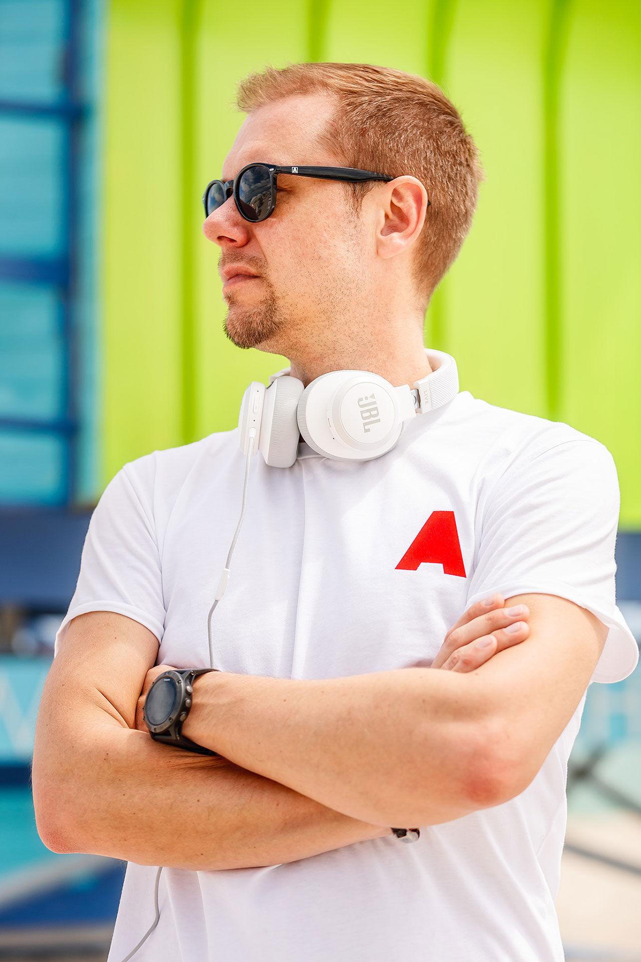 Armin van Buuren blir ambassadör för JBL