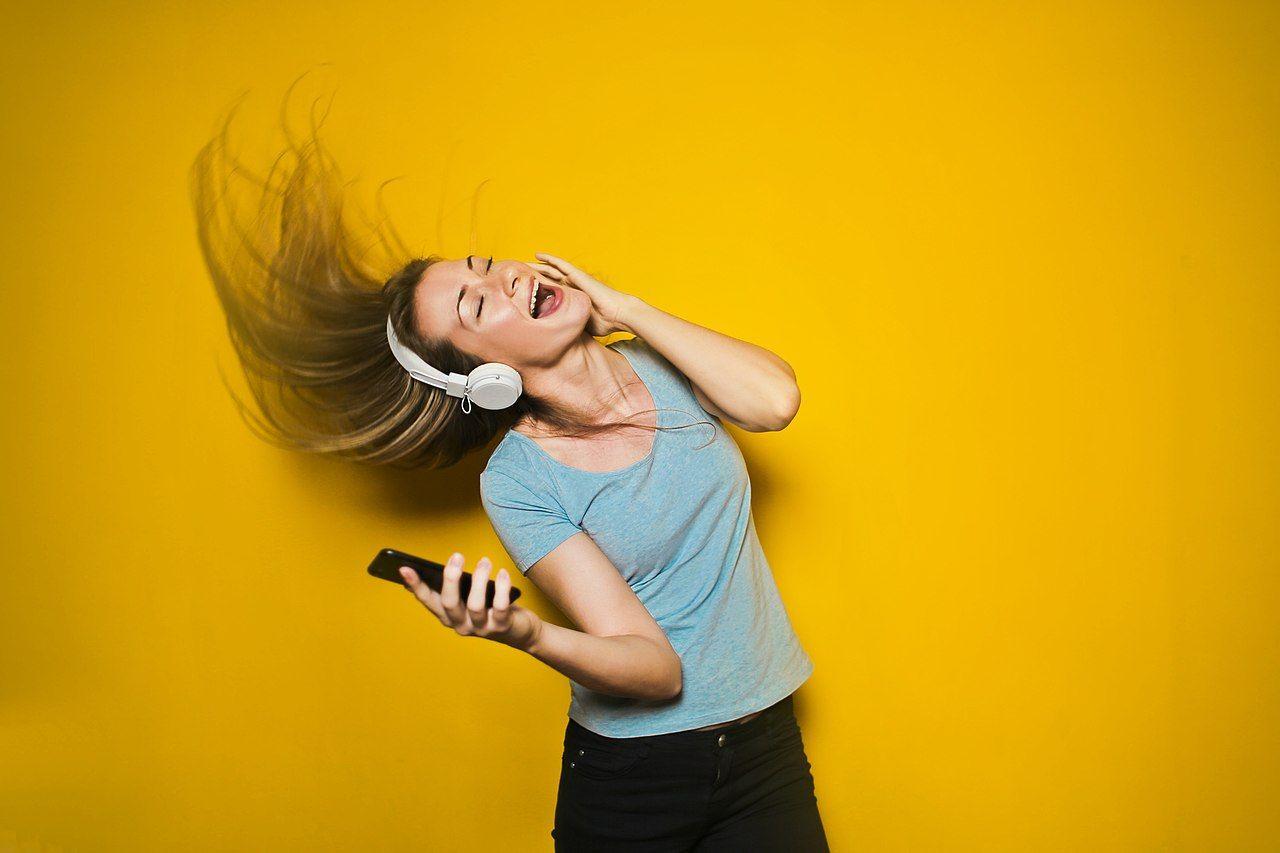 Streamad musik står nästan för hälften av branschens omsättning
