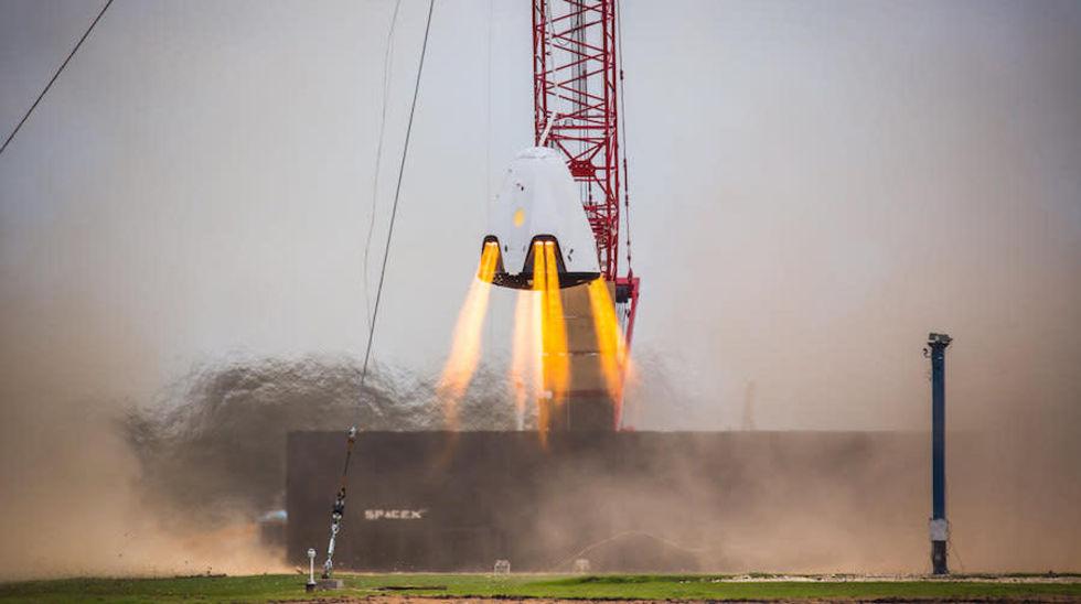 NASA snackar lite om SpaceX Crew Dragon-explosion
