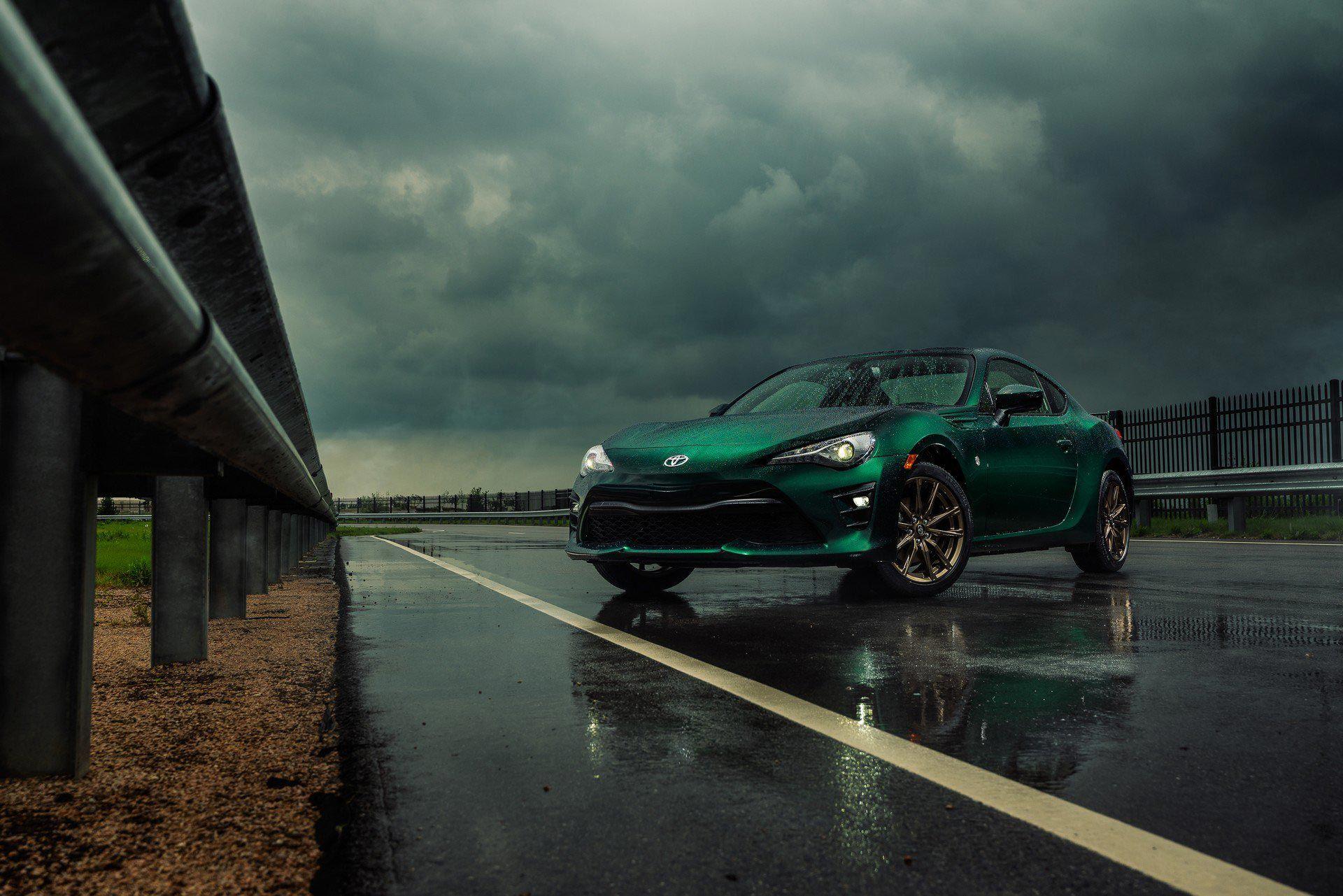 Toyota släpper arg och grön version av GT86