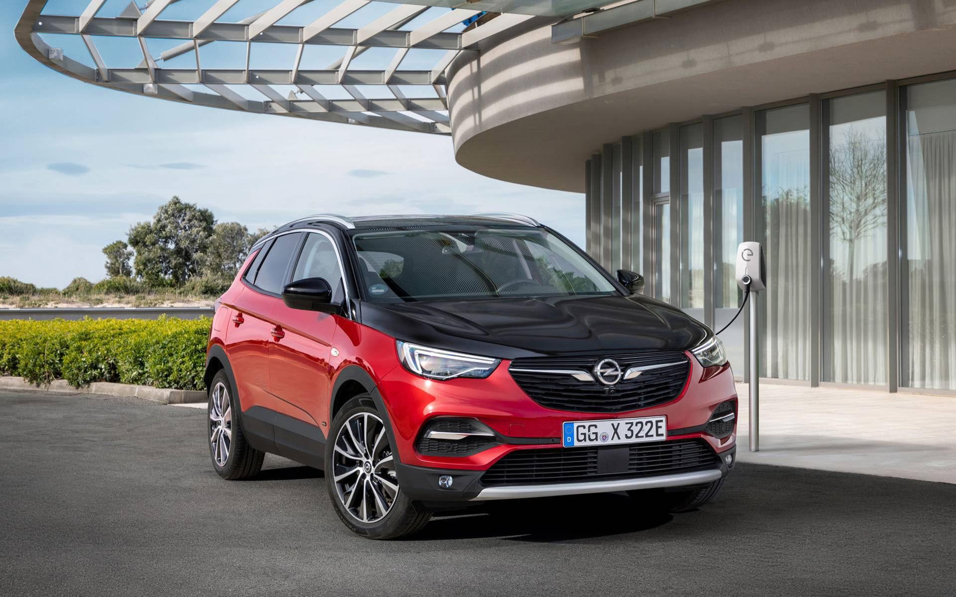 Opel Grandland X nu även som laddhybrid