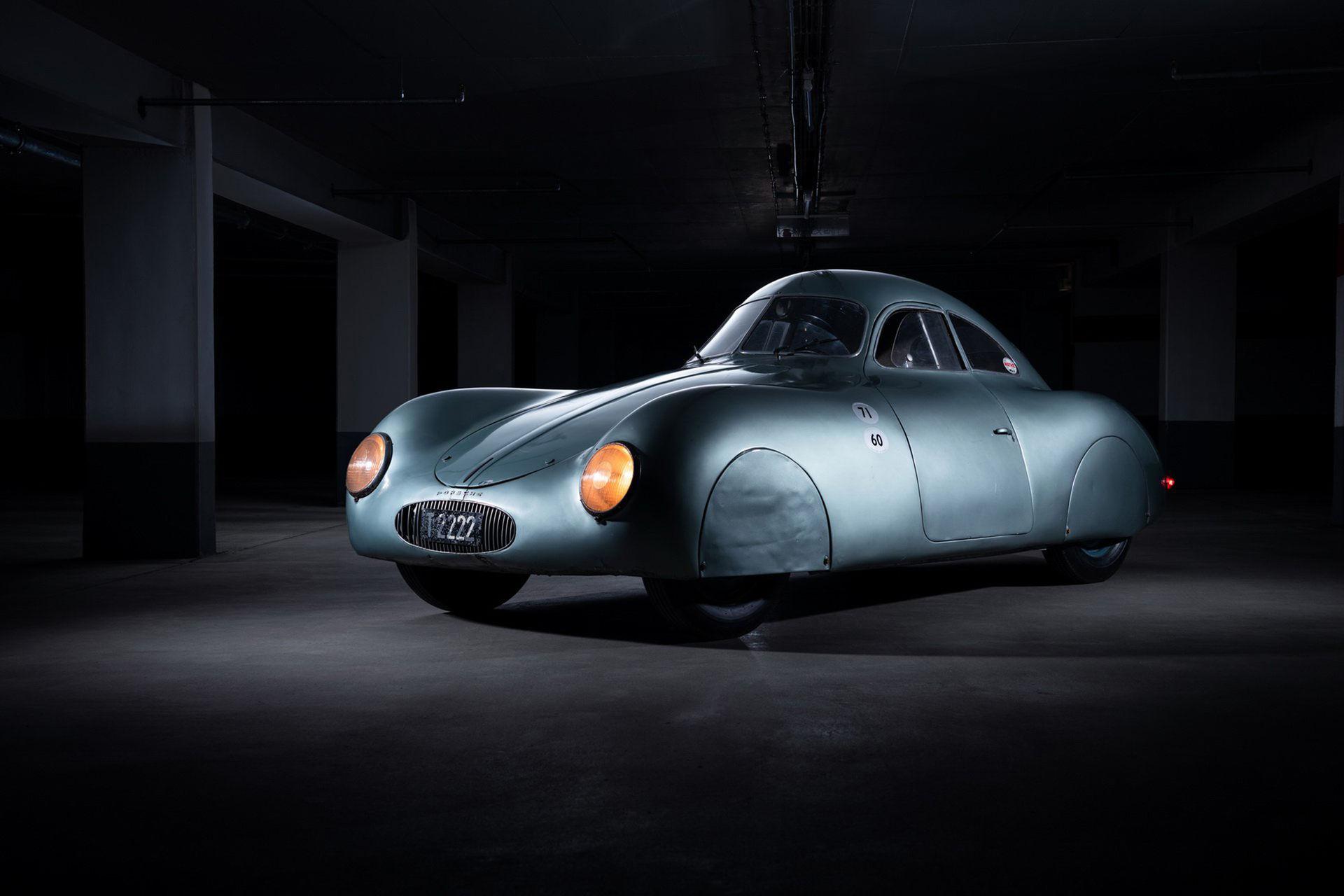 Världens äldsta Porsche ska säljas