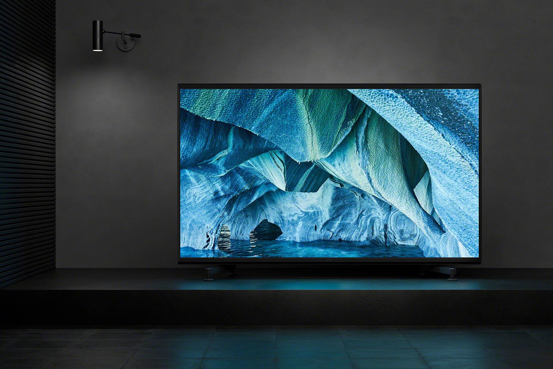 Sonys första 8K TV börjar säljas nästa månad