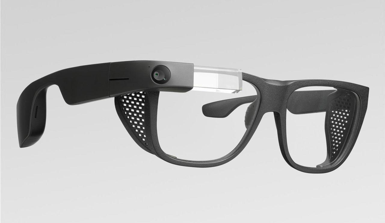 Google visar upp ny version av Google Glass