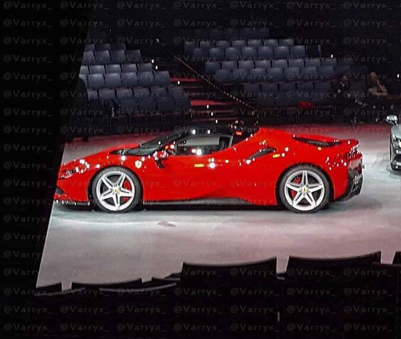 Ferrari SF90 Stradale läcker ut