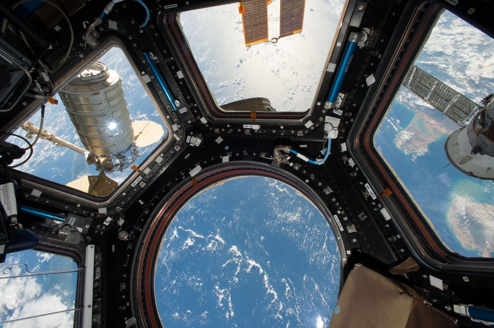 Snart kan du semestra i rymden