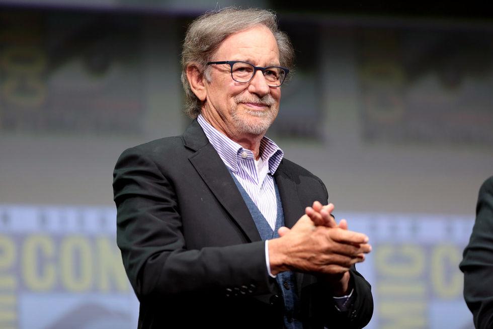 Spielberg gör skräck som bara streamas när det är mörkt