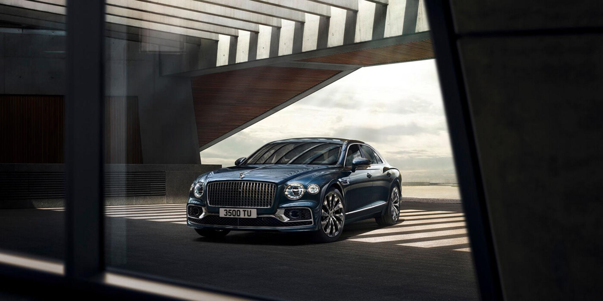 Bentley rullar ut nya Flying Spur