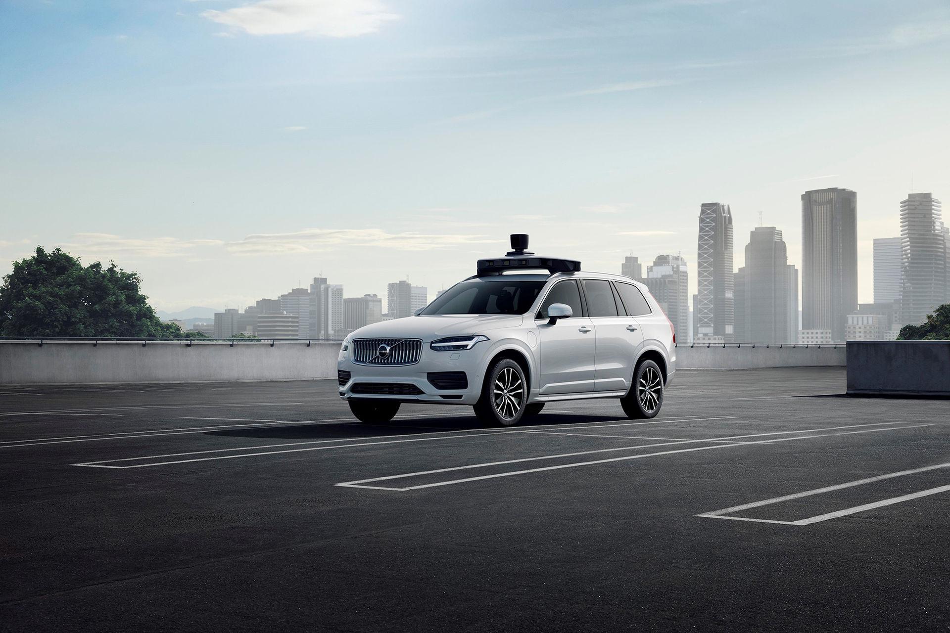 Volvo Cars och Uber presenterar självkörande produktionsbil